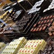 Etalage de pralines de la chocolaterie Franz